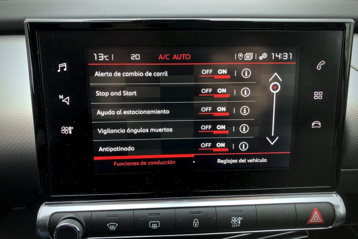 Ayudas a la conduccio%CC%81n 1140x760 - Citroën C4 Cactus